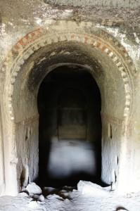 0595 church door